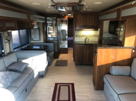 2007 Foretravel Motorcoach Nimbus 340 for sale by Owner Belton, TX 76513 image 8