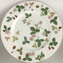 Wedgwood Wild Strawberry Dinner plate  - $15.00