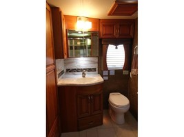 2012 Newmar MOUNTAIN AIRE 4344 Used Class A For Sale In Leesburg, VA 20176 image 14