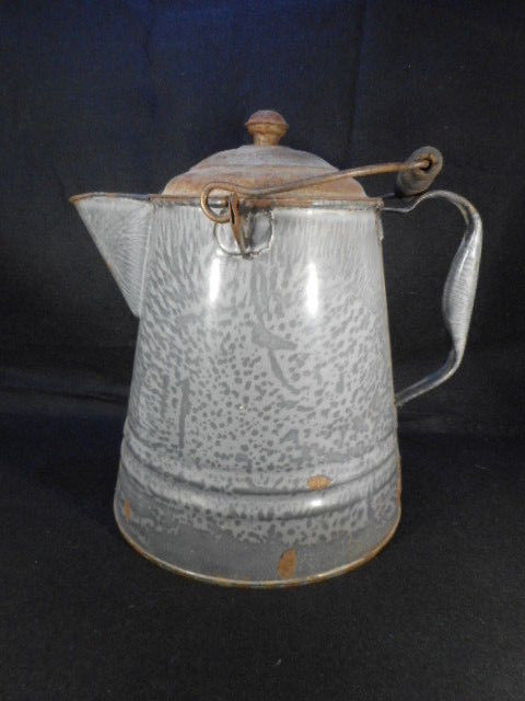 "Vintage Gray Enamelware Graniteware 11"" Cowboy Coffee Pot"