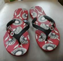 Vera Bradley flip flops size M (7-8) in Deco Daisy - $14.00