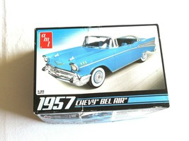 1/25 AMT 1957 Chevy Bel Air Coupe w/ 283 V8 Engine Skill Level 2 10&UP 6... - $14.99