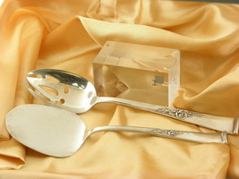 REED & BARTON TABLESPOON & PIE SERVER CLASSIC ROSE STERLING SILVER PIERCED  - $252.44
