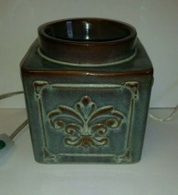 Yankee Candle Scenterpiece Large size Easy Melt Cup Warmer excellent con... - $39.90