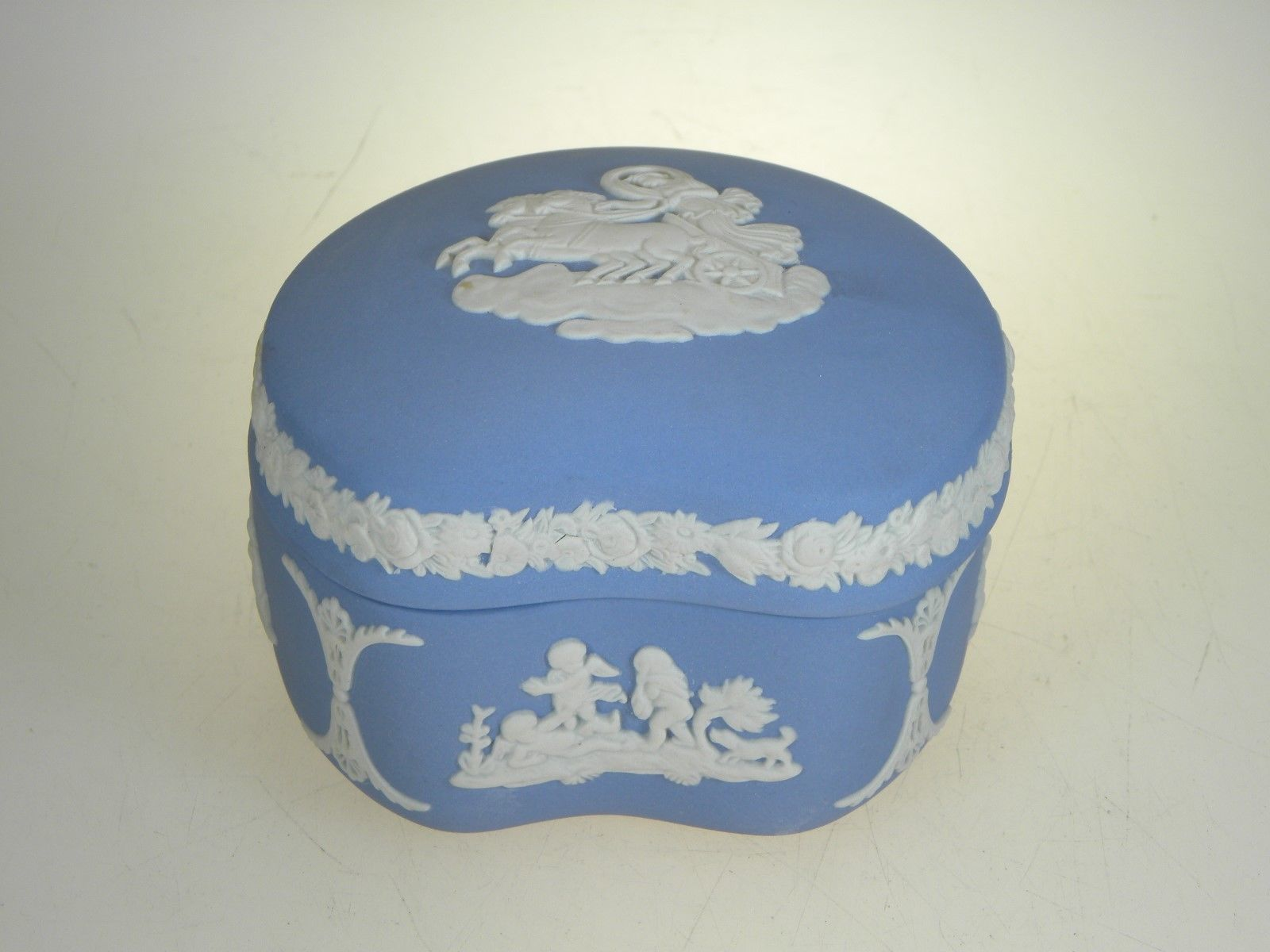 Wedgwood Jasperware Cream on Lavender Bean Box With Lid
