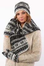 Black Grey White Hat Scarf And Mittens Set Made of Soft Icelandic Wool - $2.707,50 MXN