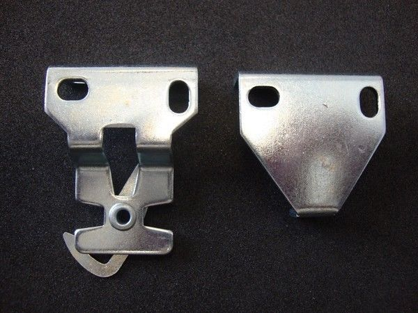 Primary image for 1 PAIR Rollease R3 / R8 Roller Shade Installation Brackets (#RB380)
