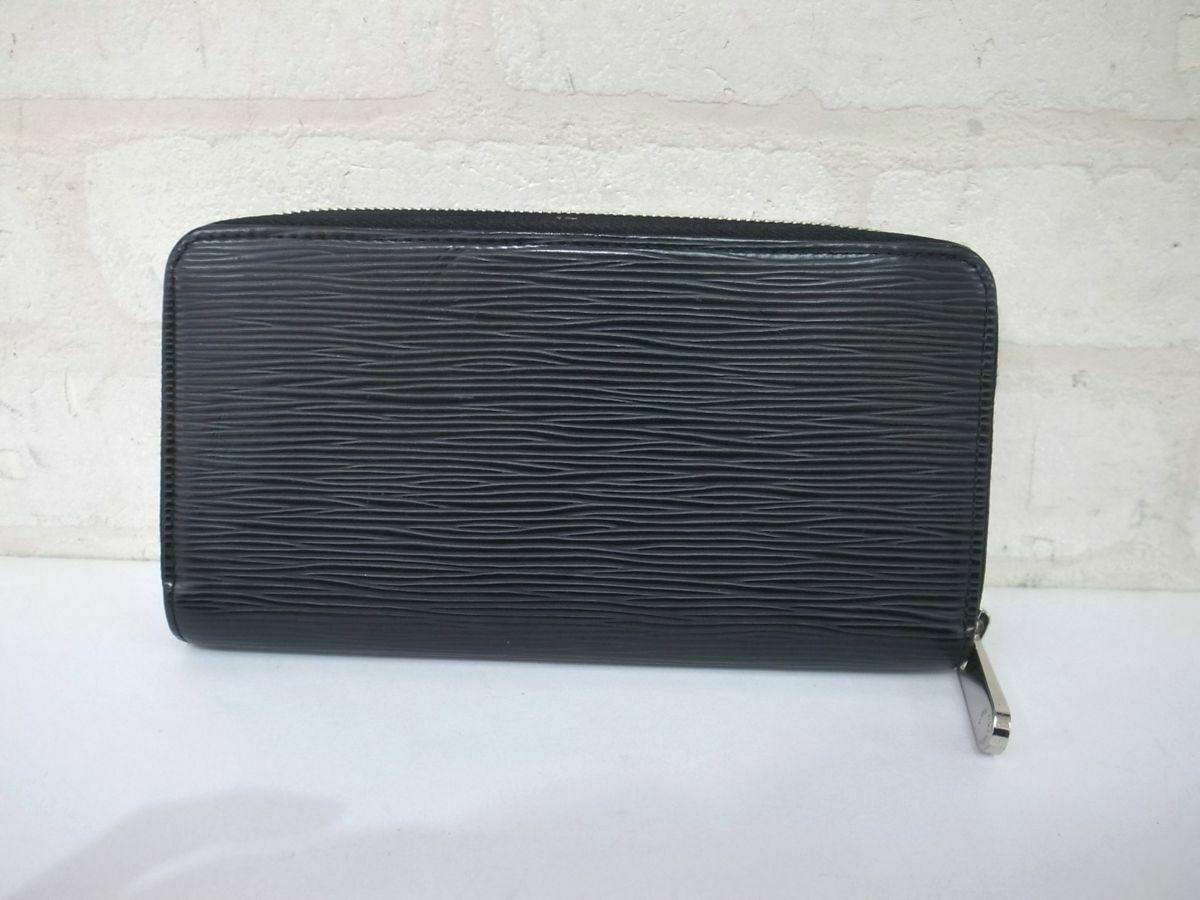 C101T Auth Louis Vuitton epi Zippy M60072 round zipper Purse Noir