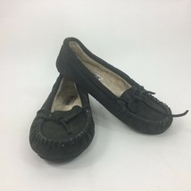 Minnetonka Black Cally Moccasins Size 6 Suede Leather - $18.69