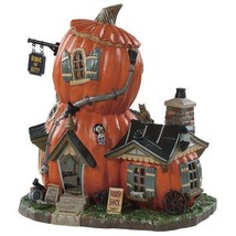 Halloween Lemax Spooky Town Squash Shack Porcelain Lighted Building New - $49.49