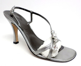 VERA WANG Silver Metallic Size 7 1/2 Heels Sandals or Shoes 7.5 - $37.80
