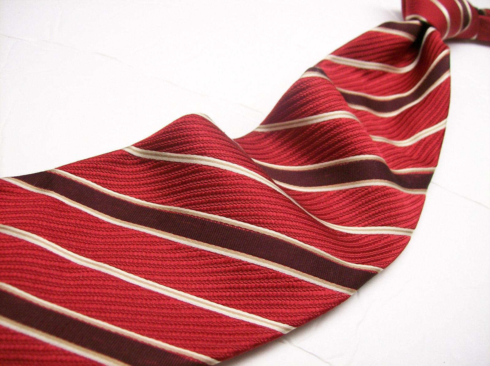 GEOFFREY BEENE  Red STRIPE Made ITALY  Mens 100 SILK Necktie  s 6-61