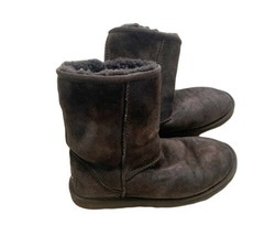 Ugg Boots Short Classic Chocolate Brown Women's 7 Warm Fuzzy Winter Cozy Fall - $56.06