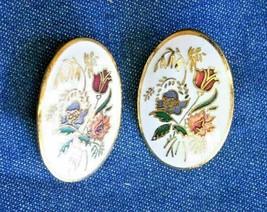 Elegant Floral Cloisonne Enamel Gold-tone Pierced Earrings 1980s vintage... - $12.30