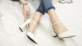84H072 elegant thick heels strappy ankle pumps, Size 2-10.5, white - $72.80