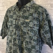 Columbia Men's Graphic Print Short Sleeve Button Up Camp Shirt  - $18.01