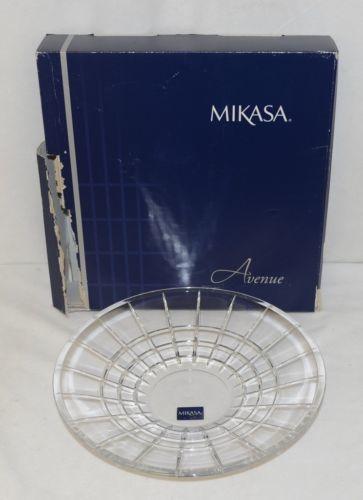 Mikasa Avenue 5079593 Decorative Crystal Centerpiece Twelve Inch