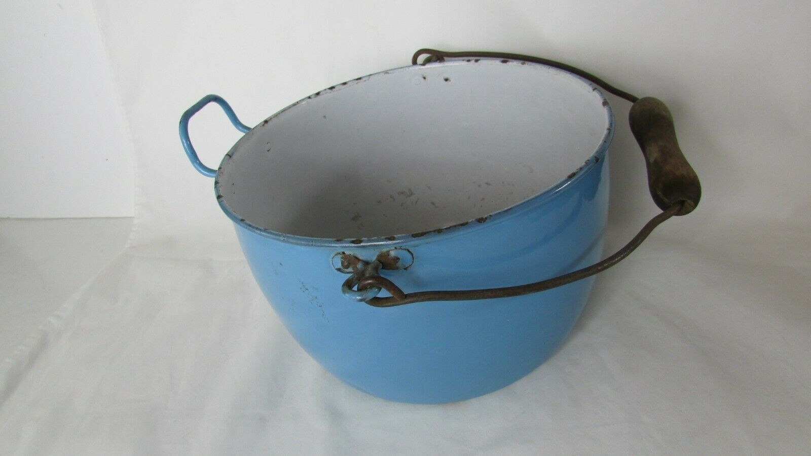 Vintage Enamel  Pail Bucket Blue and White Enamelware With Wooden Handle image 3