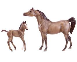 Breyer classic size Arabian mare and foal horses 62047 beautiful  <> - $28.05