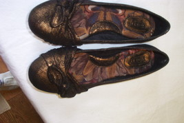 Born, Beautiful Crown Flats, size 8.5, Bronze  Sheen ,Color - $31.76