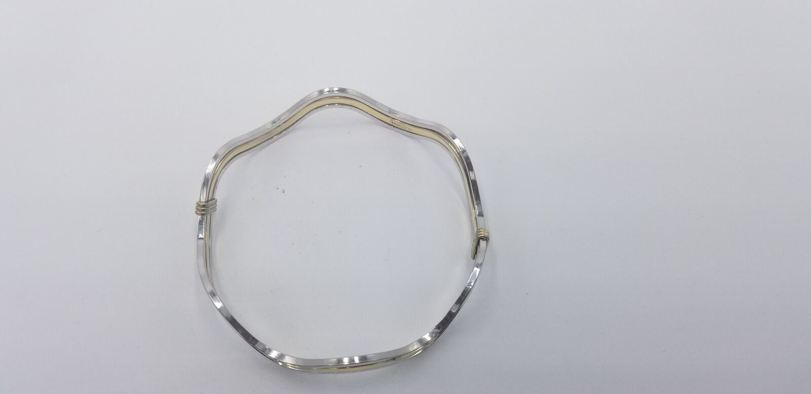 Vintage Signed Avon Silver And Gold Tone Wavy Style No Clasp Bracelet EUC image 5