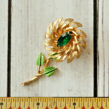 vintage green marquise rhinestone flower pin brooch gold tone - $14.84