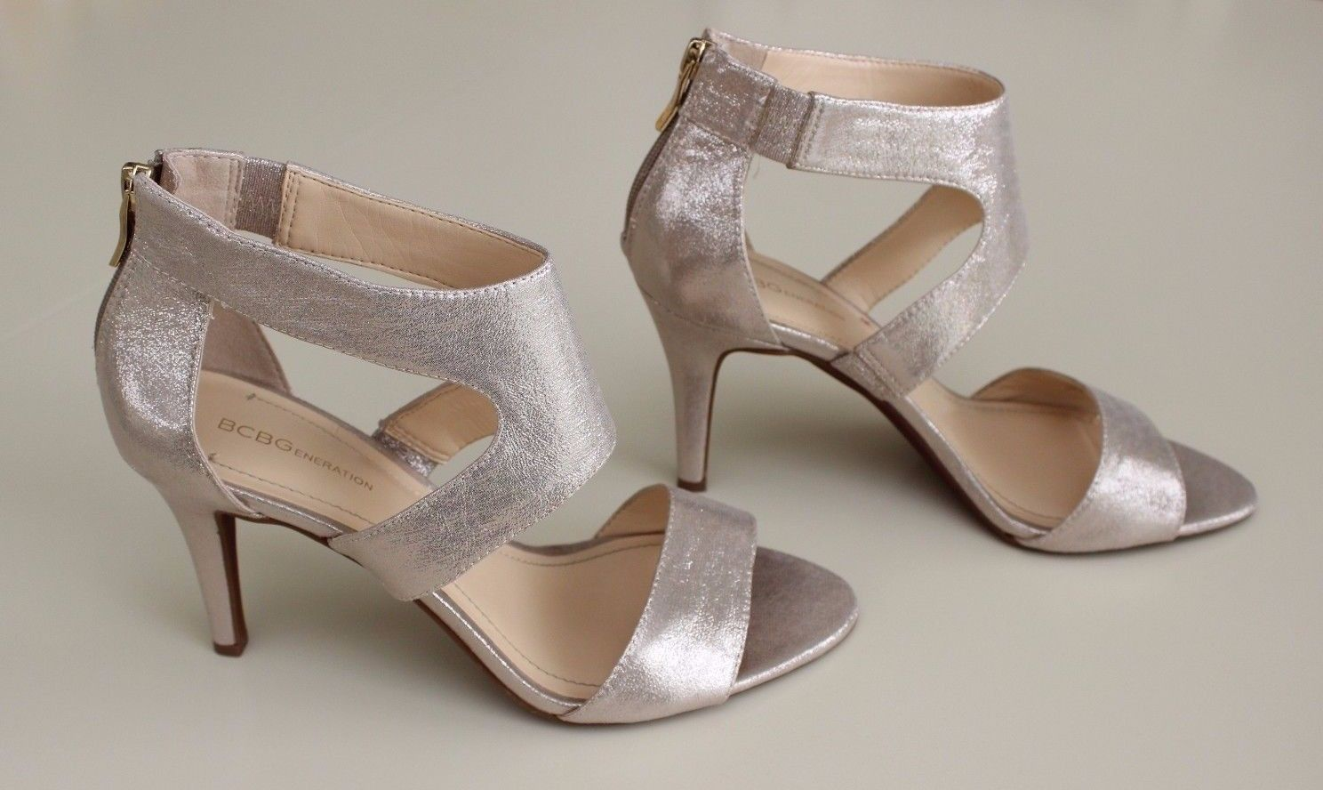 4f70022a0ed5 BCBGeneration MAVEL Heels Size 10 Gold and 21 similar items. S l1600