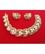 Vtg Trifari  Bracelet Clip on Earrings Set Chain Link Gold Tone Faux Pea... - $70.00