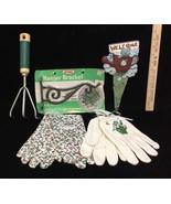 Gardening Lot Garden Decor Welcome Plant Stake Basket Hanger Gloves & Cl... - $14.10