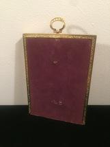 "Vintage 40s gold ornate 5"" x 7"" frame with top hanging circle design image 4"