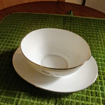 Vintage Noritake Pasadena Gravy Boat with Attached Plate Made in Japan image 2