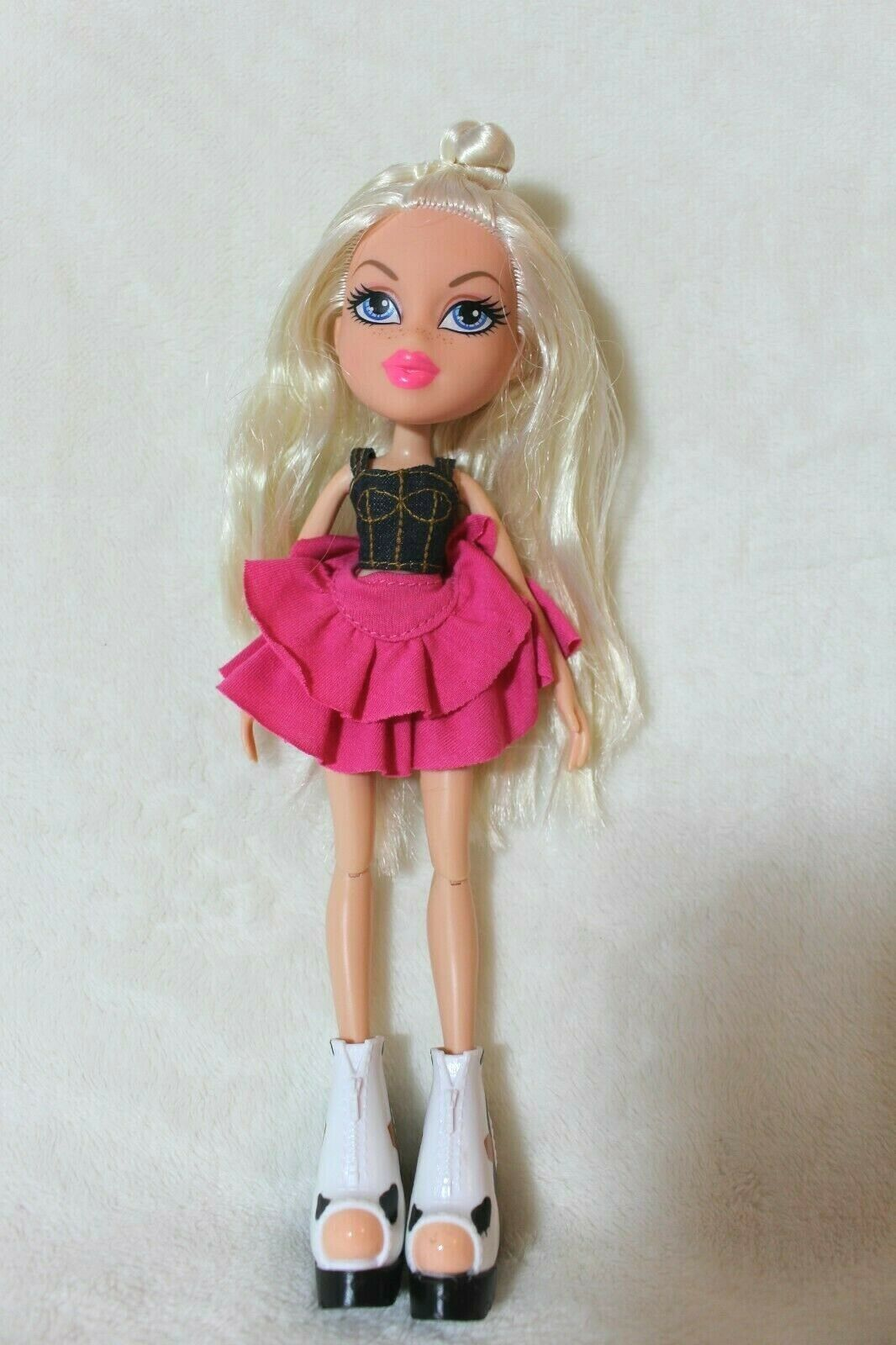 Primary image for 2015 MGA Bratz Hello My Name Is Chloe Doll Toys R Us Exclusive RARE