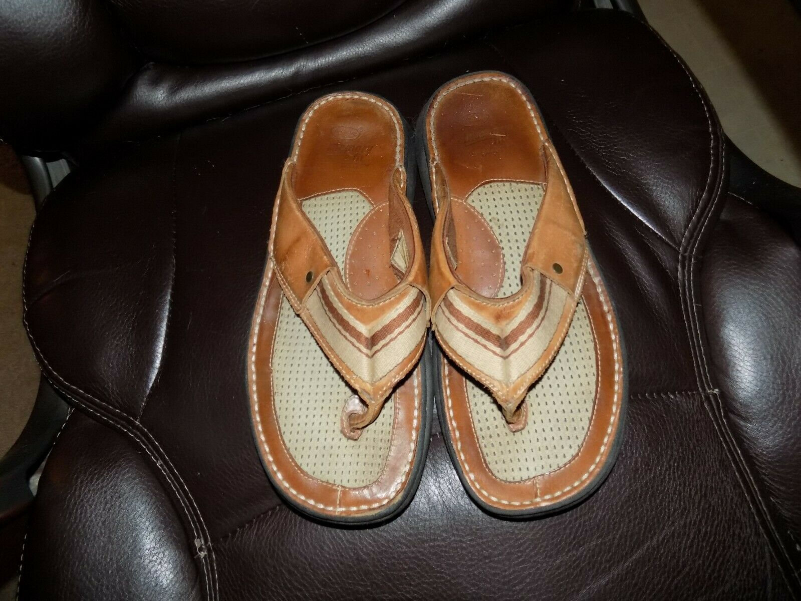 Primary image for Dr. Scholls Memory Fit Senaca Thong Sandal Brown Size 10 Men's EUC