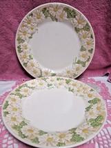 "Metlox Poppytrail Sculptured Daisy Dinner Plates Set of 2  10 1/2"" Cali... - $17.10"