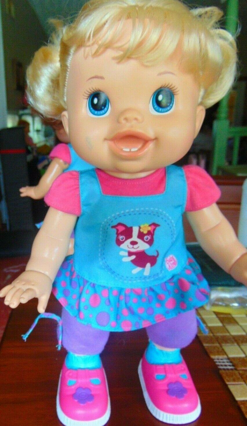 Baby Alive I Wanna Walk Doll 2011 Blond Walking Talks Original Clothes Works  !