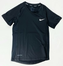 Nike Pro Compression Short Sleeve Training Shirt Boy's Medium Black CK0815 - $19.30