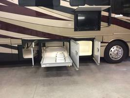 2017 Fleetwood Discovery 37R for sale by Owner - Sullivan , IL image 3