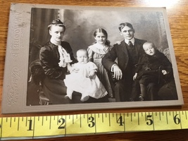 Cabinet Card Good Looking Couple & 3 Young Children Sideways Style PA 18... - $9.00