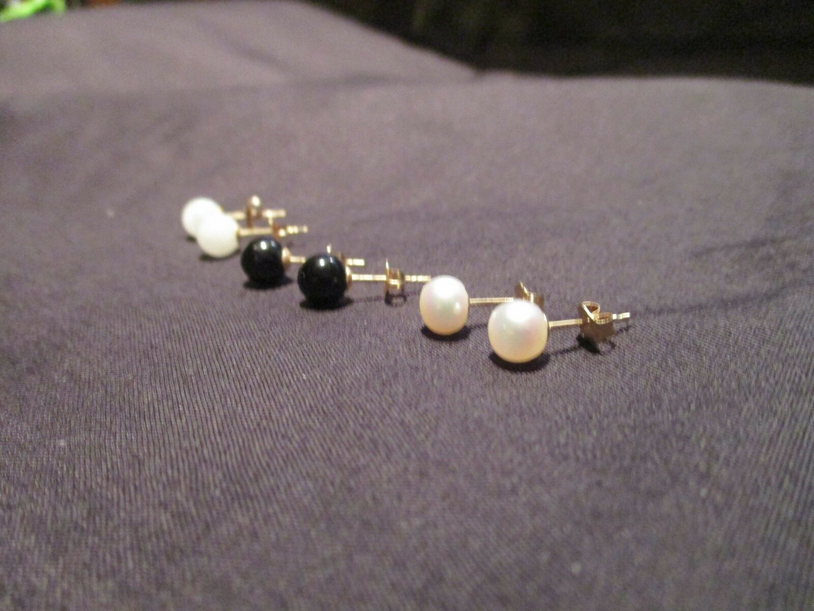 Primary image for WHITE BLACK JADE CULTURED PEARL EARRINGS 14KT. YG