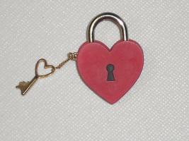 Hallmark Valentine's Day Pin RED HEART Lock and Key - $12.00