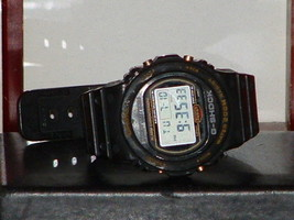 Pre-Owned Vintage Rare Men's Casio G Shock DW-5700 Digital Quartz Watch - $157.41