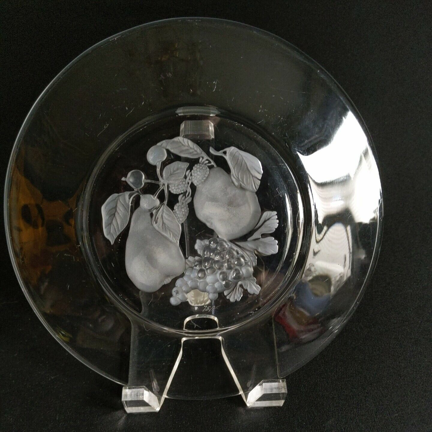 "1 (One) VAL ST LAMBERT BRUSSELS Intaglio Cut Crystal 7"" Salad Plate  D/C-Signed image 2"