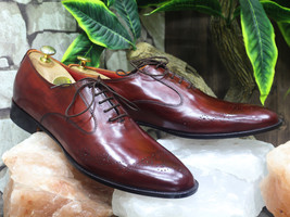 Handmade Men's Burgundy Heart Medallion Dress/Formal Leather Oxford Shoes image 1