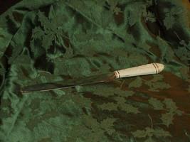 "Lenox Wedding Cake Knife Porcelain Handle Gilded Stainless Blade ""Acanth... - $19.79"