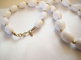 MONET White OVAL Beads Necklace CHOKER Gold Plated Spacers Vintage Estate Career image 6
