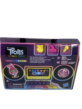 Trolls world tour Tiny Dancers Friend Pack 2 figures & 12 accessories W9 - $11.32