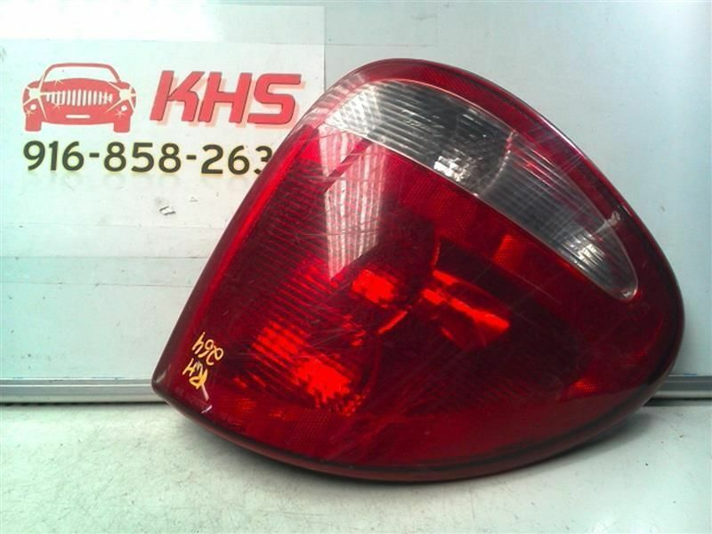 Primary image for Passenger Right Tail Light Fits 01-03 CARAVAN 98039