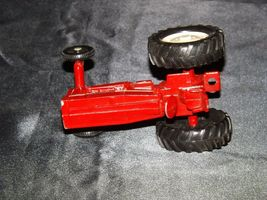 Die-cast  International Tractor Red AA19-1515 Vintage image 4