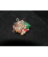 Estate Various Size & Shape Bead Flower Cluster with Glass Leaf Ring Siz... - $15.79