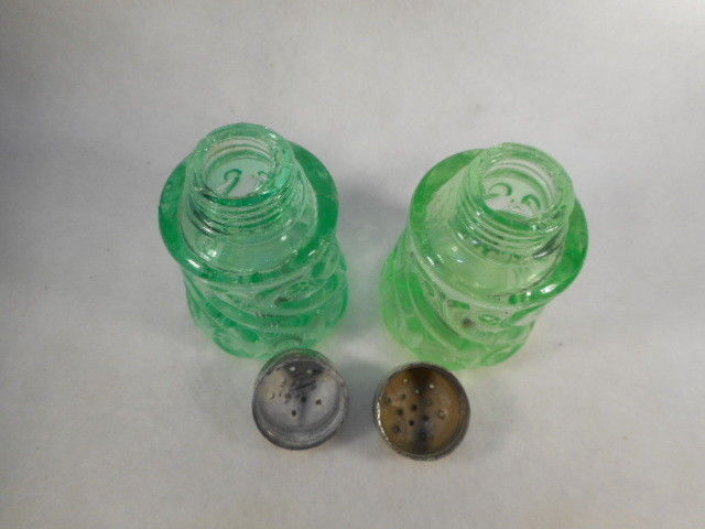 Vintage Pair Green Depression Vaseline Glass Swirl Salt and Pepper Shakers